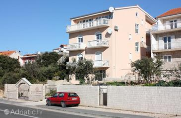 Brodarica, Šibenik, Property 4835 - Apartments near sea with pebble beach.
