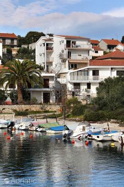 Okrug Donji, Čiovo, Property 4842 - Apartments near sea with pebble beach.