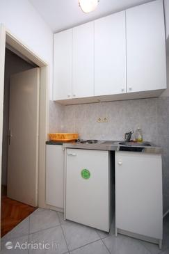Duće, Kitchen in the studio-apartment.