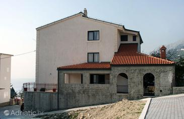 Sumpetar, Omiš, Property 4847 - Apartments and Rooms with pebble beach.