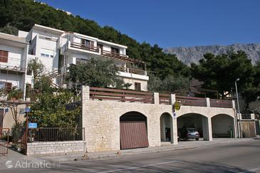 Duće, Omiš, Property 4853 - Apartments near sea with sandy beach.