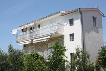 Rogoznica, Rogoznica, Property 4865 - Apartments with pebble beach.