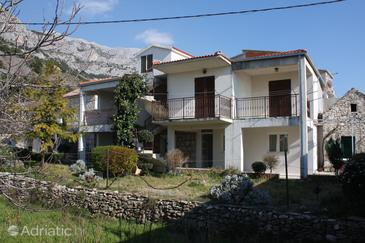 Brela, Makarska, Property 4872 - Apartments with pebble beach.