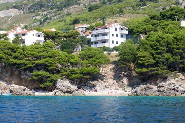 Medići, Omiš, Property 4874 - Apartments near sea with pebble beach.