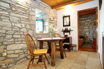 Žrnovo, Dining room in the house, WIFI.