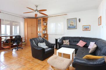 Oštrička luka, Obývací pokoj v ubytování typu apartment, domácí mazlíčci povoleni.