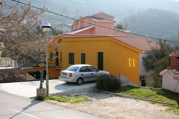Krvavica, Makarska, Obiekt 4879 - Apartamenty ze żwirową plażą.