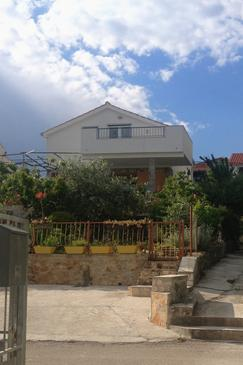 Seget Vranjica, Trogir, Property 4884 - Apartments by the sea.