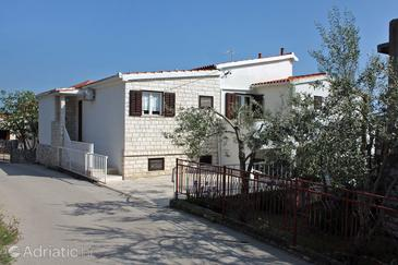 Seget Vranjica, Trogir, Property 4887 - Apartments by the sea.