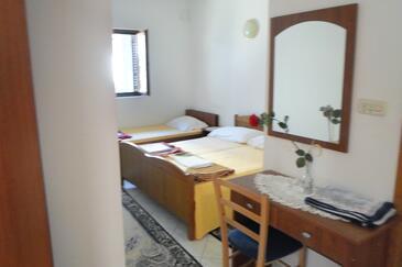 Sobra, Bedroom in the room, dostupna klima i dopusteni kucni ljubimci.