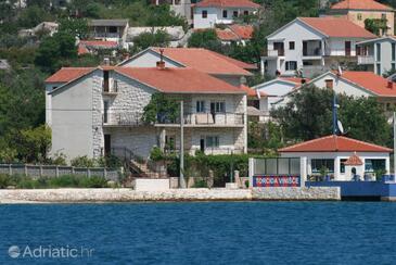 Vinišće, Trogir, Property 4892 - Apartments by the sea.
