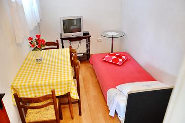 Poljica, Jídelna v ubytování typu apartment, s klimatizací a WiFi.