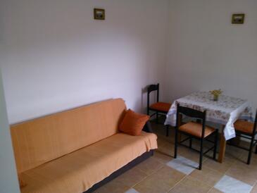 Saplunara, Obývací pokoj v ubytování typu apartment, s klimatizací a WiFi.