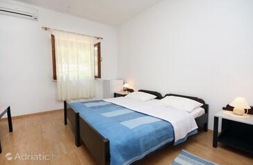 Saplunara, Спальня в размещении типа room, доступный кондиционер, Домашние животные допускаются и WiFi.