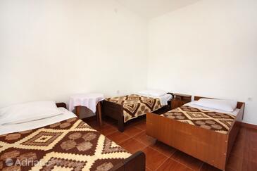 Pomena, Спальня в размещении типа room, доступный кондиционер и WiFi.