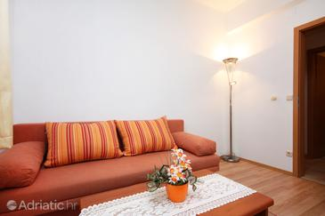 Pomena, Living room in the apartment.