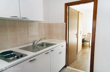 Soline, Kitchen in the apartment, dopusteni kucni ljubimci i WIFI.