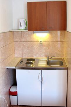 Polače, Kitchen in the studio-apartment, dopusteni kucni ljubimci i WIFI.