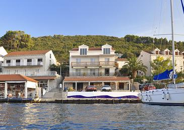 Polače, Mljet, Property 4921 - Apartments by the sea.