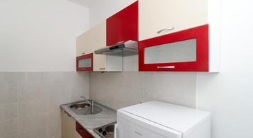 Saplunara, Kitchen in the apartment.