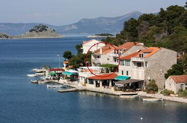 Pomena, Mljet, Property 4929 - Rooms near sea with rocky beach.