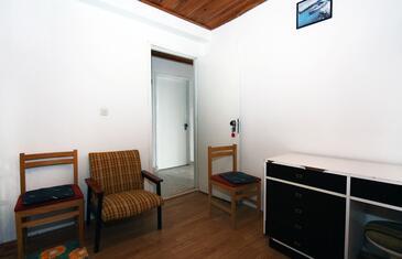 Prožurska Luka, Jídelna v ubytování typu apartment.