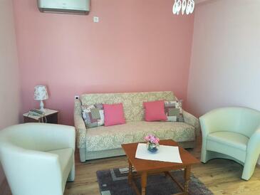 Prožurska Luka, Obývací pokoj v ubytování typu apartment, domácí mazlíčci povoleni.