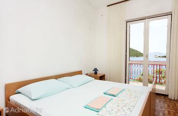 Bedroom    - K-4946