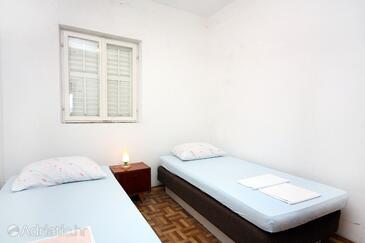 Bedroom 4   - K-4946