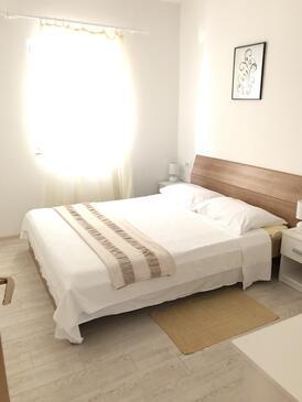 Bedroom    - A-4950-b