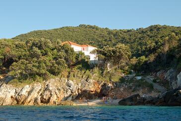 Kozarica, Mljet, Objekt 4950 - Ubytování v blízkosti moře s kamenitou pláží.