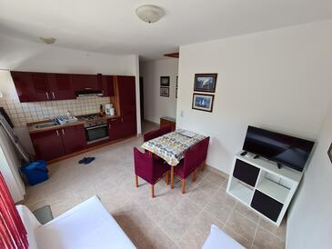 Barbat, Столовая в размещении типа apartment, доступный кондиционер и WiFi.