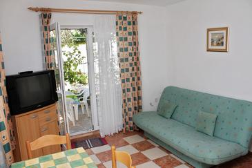 Banjol, Living room in the apartment, dopusteni kucni ljubimci i WIFI.