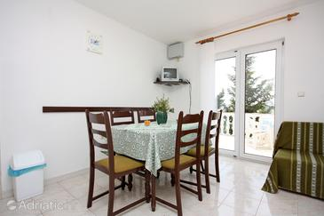 Barbat, Dining room in the apartment, WIFI.
