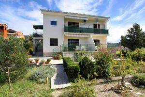 Apartments by the sea Banjol, Rab - 4965