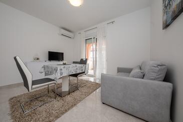 Palit, Столовая в размещении типа apartment, доступный кондиционер и WiFi.