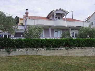 Kampor, Rab, Property 4985 - Apartments with sandy beach.
