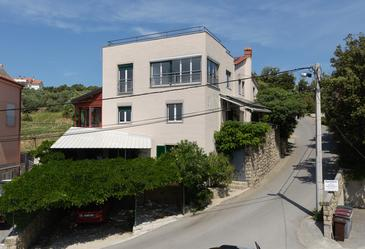 Supetarska Draga - Gonar, Rab, Property 4987 - Apartments with sandy beach.