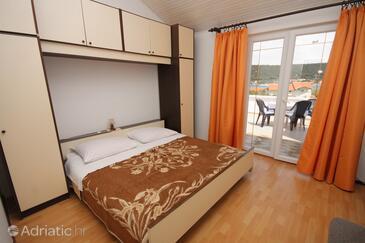 Supetarska Draga - Donja, Bedroom in the room, dopusteni kucni ljubimci i WIFI.