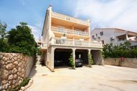 Apartments with a parking space Barbat (Rab) - 5002