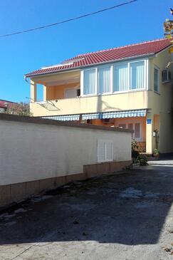Banjol, Rab, Объект 5007 - Апартаменты вблизи моря.