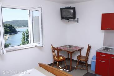 Kampor, Dining room in the studio-apartment.