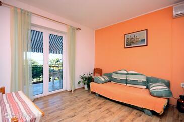 Supetarska Draga - Gonar, Living room in the apartment.