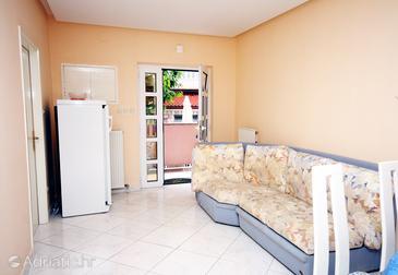 Supetarska Draga - Donja, Living room in the apartment, dostupna klima, dopusteni kucni ljubimci i WIFI.