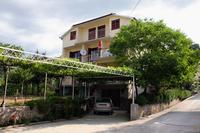 Apartments with a parking space Palit (Rab) - 5048
