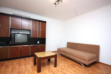 Supetarska Draga - Gornja, Obývací pokoj v ubytování typu apartment, domácí mazlíčci povoleni a WiFi.