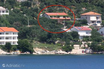 Supetarska Draga - Gornja, Rab, Property 5053 - Apartments near sea with sandy beach.