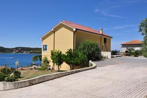 Apartmani uz more Supetarska Draga - Gornja (Rab) - 5055