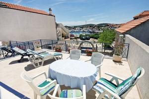 Apartments by the sea Jezera (Murter) - 5057