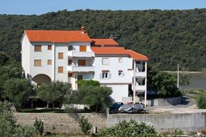 Apartments by the sea Kampor, Rab - 5058